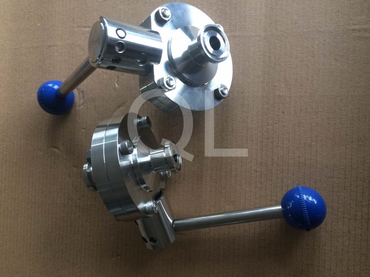 Sanitary Stainless Steel Clamped end Butterfly Valve